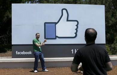 APphoto_Digital Life Tech Tips Facebook Targeting