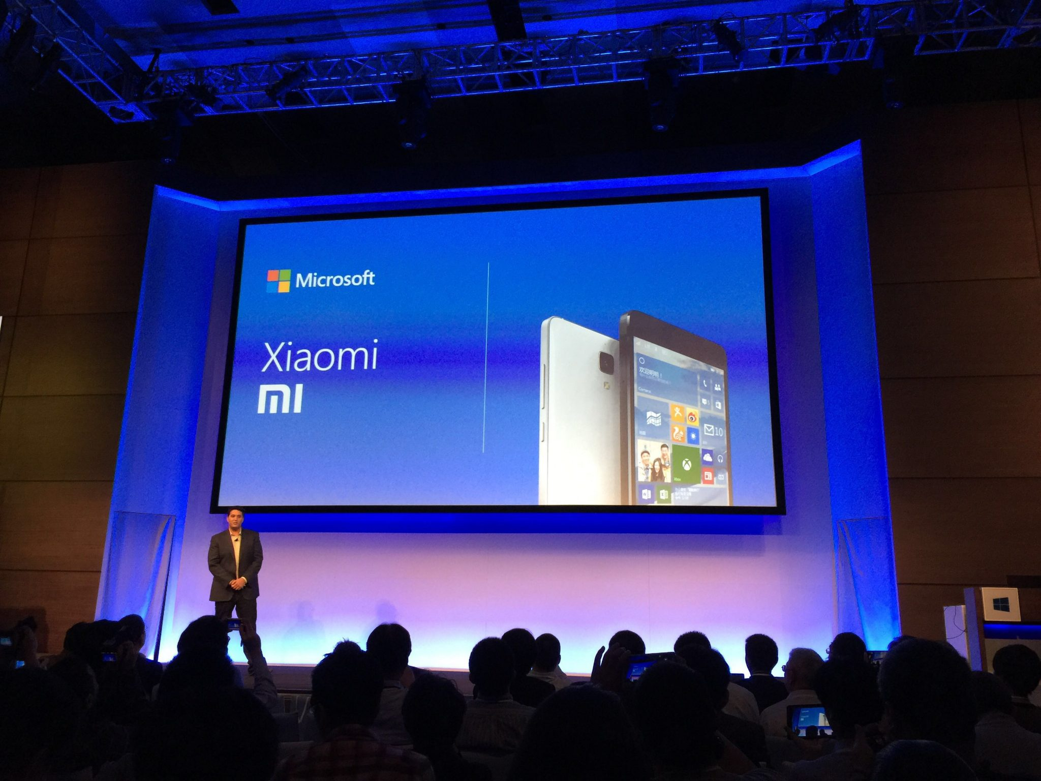 Xiaomi To Launch Windows 10 Based Smartphone Range Soon