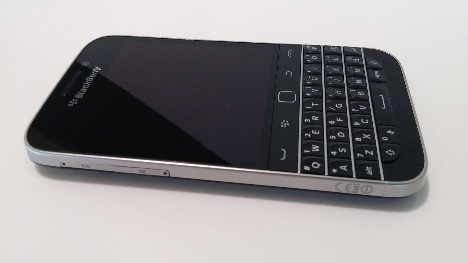 Blackberry Shuts Down Its Operations In Pakistan