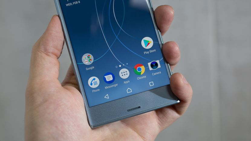 Specs Heavy Sony Xperia XZs Launched With 19 MP Camera