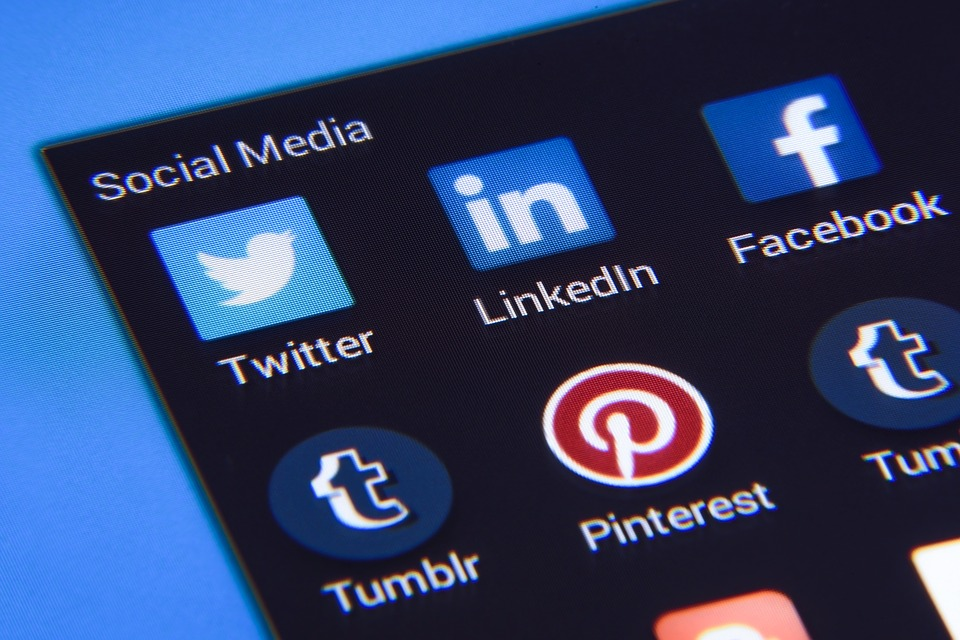Awesome social media tips for bloggers
