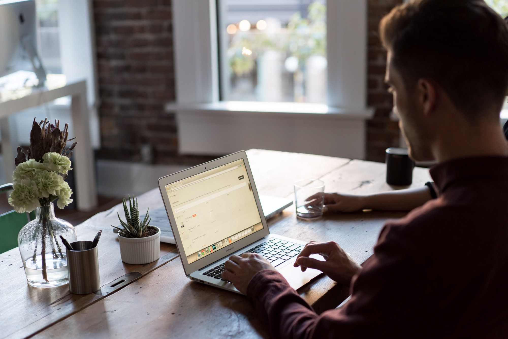 Tech Tools to Boost Productivity in the Digital Environment