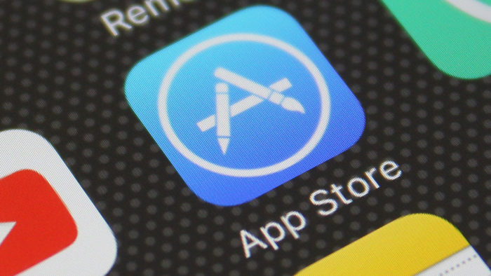 Apple Removes 25,000 Apps